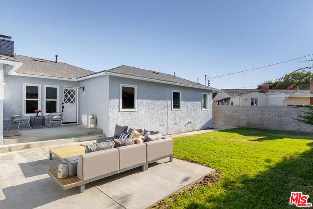 8025 Alverstone Ave, Los Angeles, CA 90045 photo 19