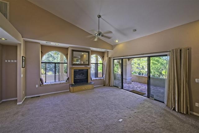 8585 Great House, Yucca Valley CA: http://media.crmls.org/mediaz/508FC3CC-D771-4F12-9E2C-E6DBD93BB4C1.jpg