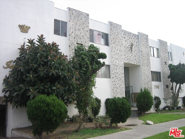 Single Family for Sale at 730 Mariposa Avenue N Los Angeles, California 90029 United States