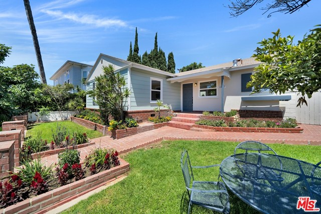 13107 Rose Ave, Los Angeles, CA 90066 photo 2