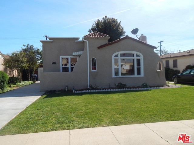 Single Family Home for Rent at 4022 63rd Street W Los Angeles, California 90043 United States