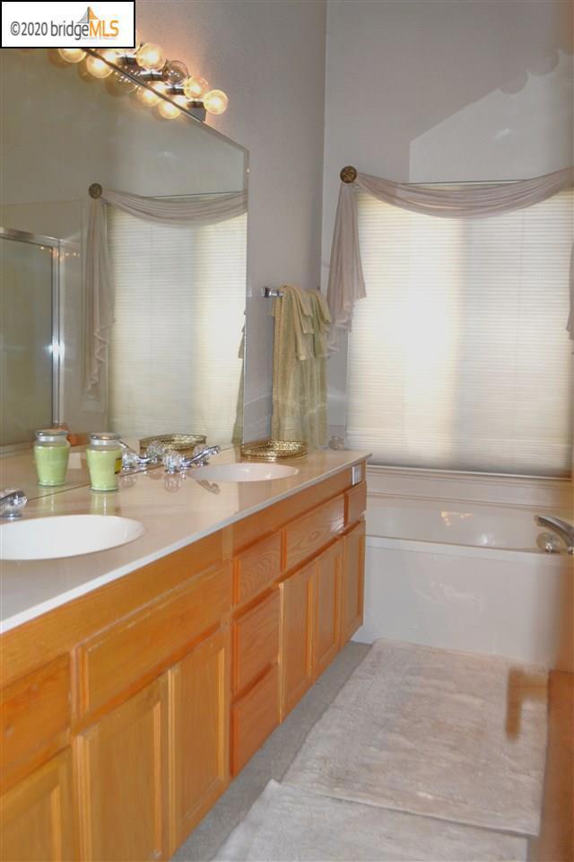 1124 Mulberry PL, Brentwood CA: http://media.crmls.org/mediaz/50DB8BC0-96A7-41D8-8EBC-EAF1E119FE0F.jpg