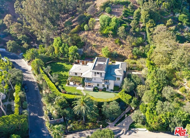 Photo of 1714 Alta Mura Road, Pacific Palisades, CA 90272