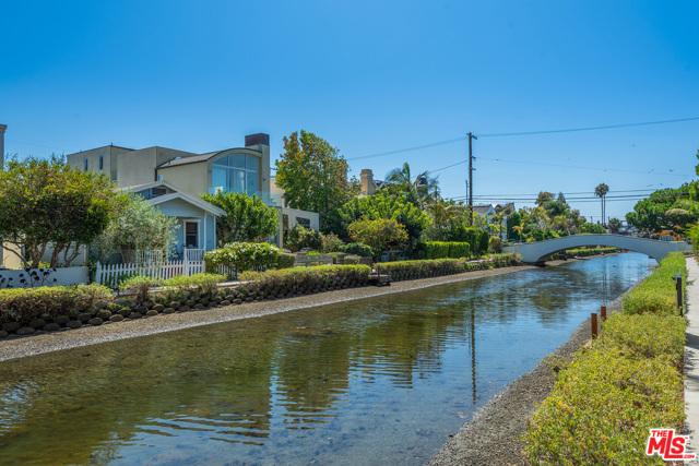 412 Howland Canal, Venice, CA 90291 photo 19