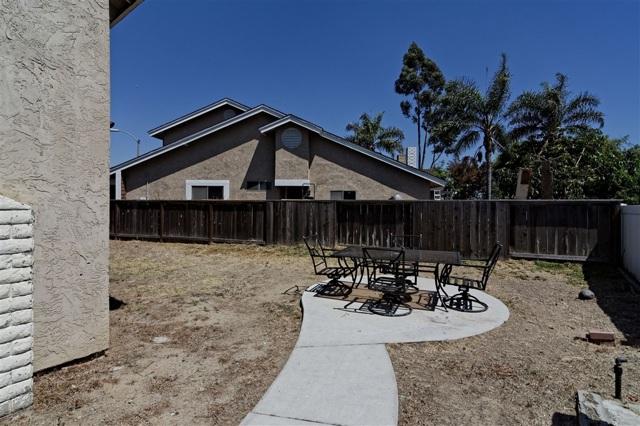6908 Sandleford Way, San Diego CA: http://media.crmls.org/mediaz/512EB825-8AAD-483E-AC7F-1F0BB983DE92.jpg