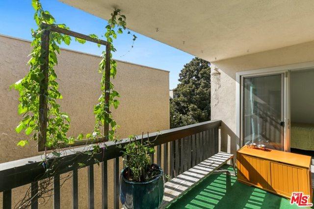 5301 Raintree 2, Culver City, CA 90230 photo 22