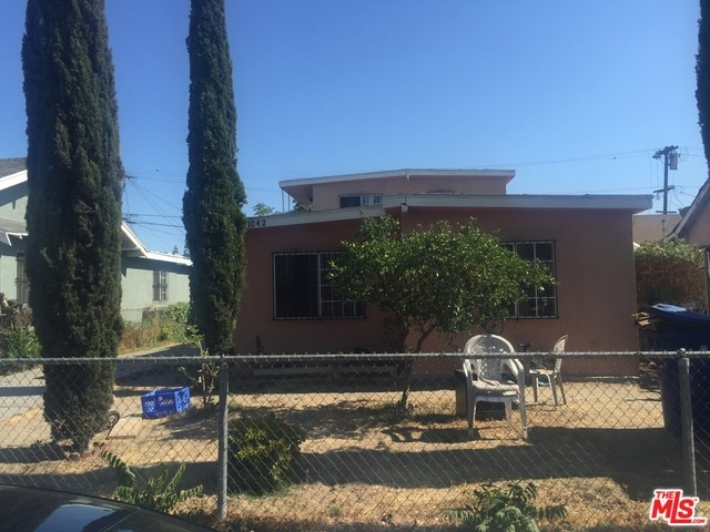 1040 52Nd Street, Los Angeles, California 90011