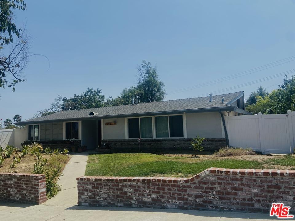 20502 Oxnard Street #  Woodland Hills CA 91367