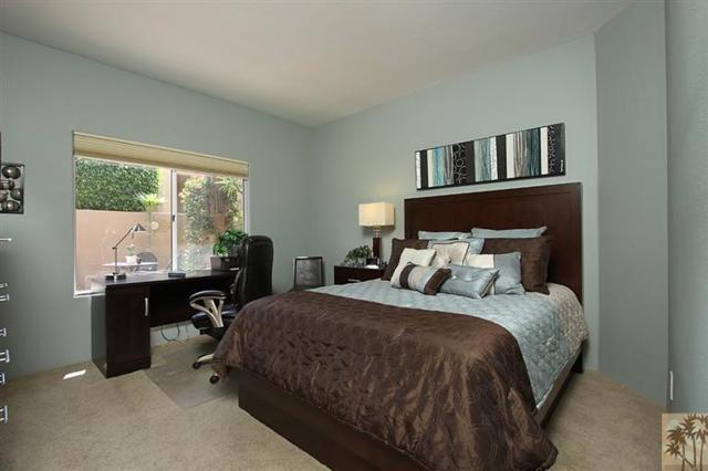 47 Pebble Beach Drive, Rancho Mirage CA: http://media.crmls.org/mediaz/525CC4CC-3D30-46FE-9A72-CAD734E6CA49.jpg