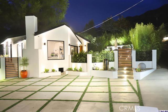 5043 Ramsdell Avenue, La Crescenta CA: http://media.crmls.org/mediaz/52E1E0E3-FB3F-4F07-A97A-38179F1E0F6E.jpg