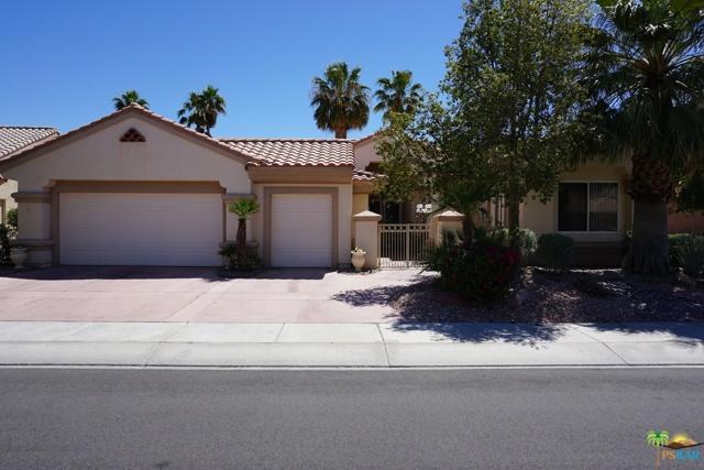 37682 Mojave Sage Street, Palm Desert CA: http://media.crmls.org/mediaz/52FC004F-6964-4539-ADEB-7BD7D2C3B284.jpg