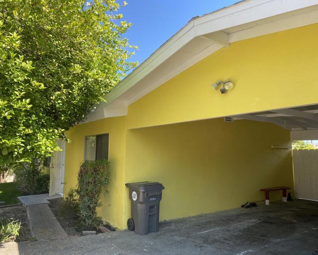 73030 San Nicholas Avenue, Palm Desert CA: http://media.crmls.org/mediaz/535862FC-FF15-47EC-9979-3FD2B04FBF99.jpg