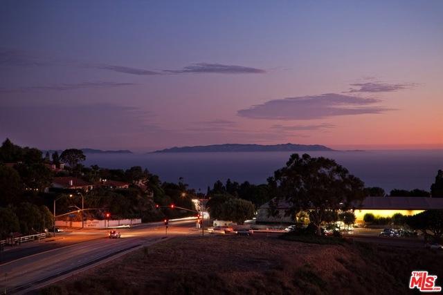 Rental Homes for Rent, ListingId:31174176, location: 6507 OCEAN CREST Drive # Rancho Palos Verdes 90275