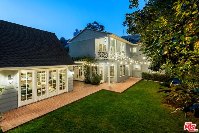 1625 N Beverly Drive  Beverly Hills CA 90210