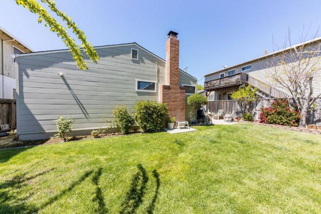 856 Mills Avenue, San Bruno CA: http://media.crmls.org/mediaz/54649586-267B-46CD-A838-5C4A26BA25F6.jpg