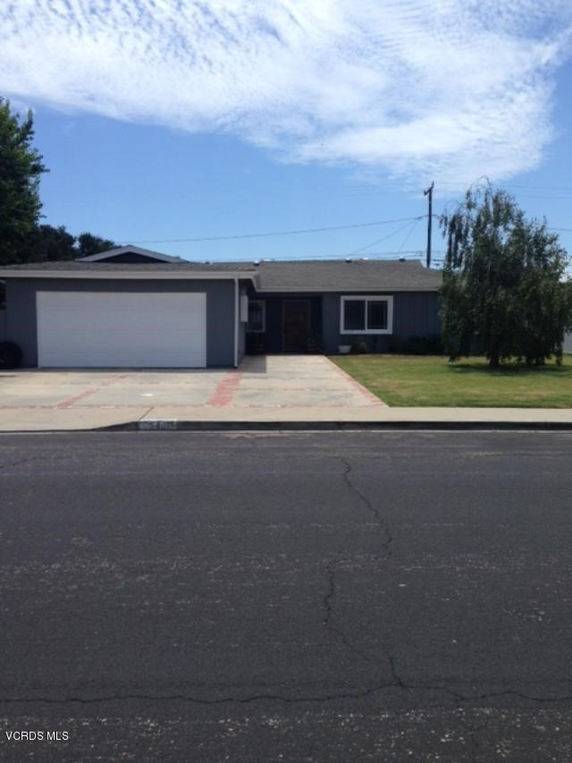 Photo of home for sale at 540 Hazelwood Drive, Oxnard CA