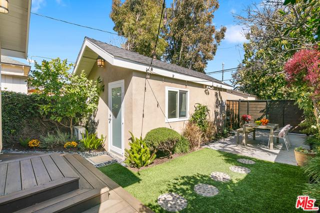 4344 Alla Rd, Los Angeles, CA 90066 photo 17