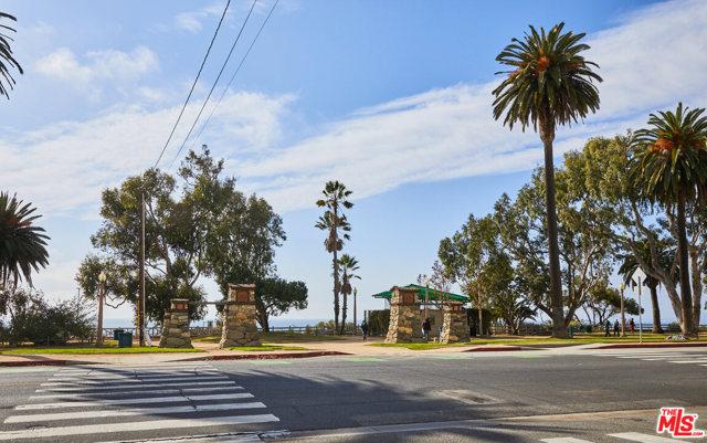 124 Idaho Ave 203, Santa Monica, CA 90403 photo 23