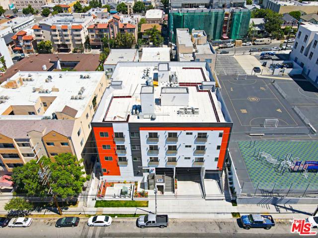 Photo of 2701 JAMES M WOOD Boulevard #402, Los Angeles, CA 90006