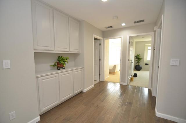 2062 Croner Place, San Jose CA: http://media.crmls.org/mediaz/54F6B8A4-0662-45C5-80A2-D67BA62A2E4C.jpg