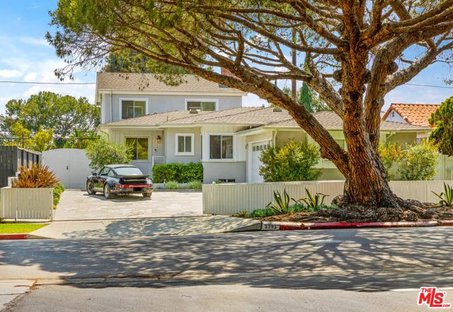 3393 MOORE Los Angeles CA 90066