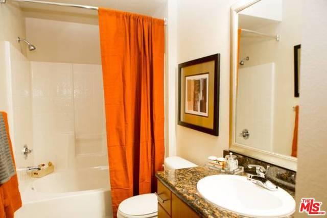 6150 CANOGA Avenue, Woodland Hills CA: http://media.crmls.org/mediaz/5504A491-4952-432E-B158-A781FAC98EBD.jpg