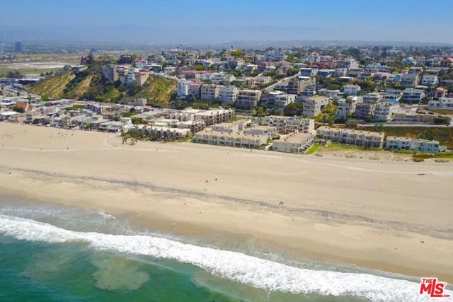 6400 PACIFIC Avenue, Playa del Rey CA: http://media.crmls.org/mediaz/5544D364-8AEB-47BD-9608-C38EE5D419DB.jpg