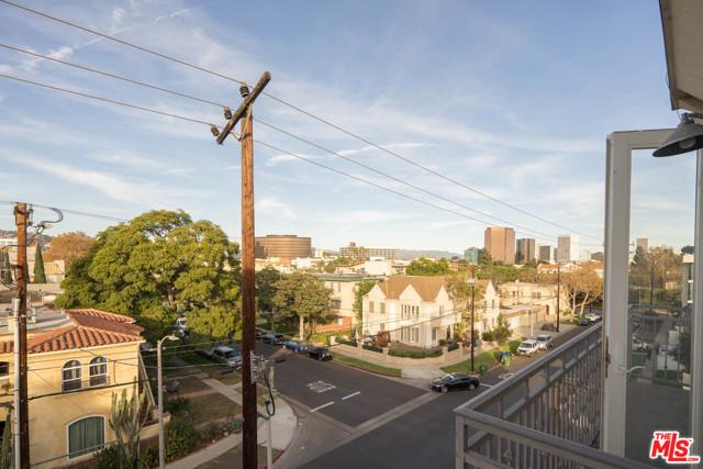8610 Chalmers Drive, Los Angeles CA: http://media.crmls.org/mediaz/555990F4-8F38-49F9-AE04-7500196C7F52.jpg