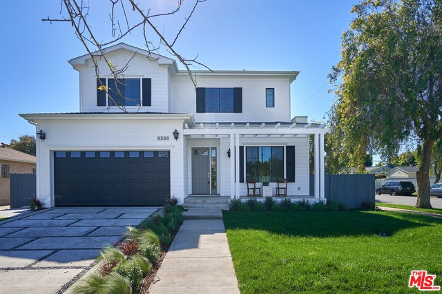 Single Family Home for Sale at 9308 Hargis Street Los Angeles, California 90034 United States