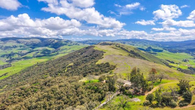 500 El Caminito Road, Carmel Valley CA: http://media.crmls.org/mediaz/5651C5F0-9809-4CD4-9326-6D3626F76ECA.jpg