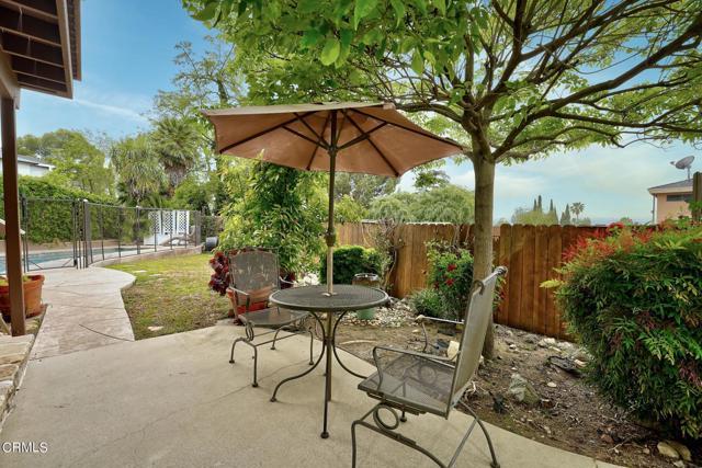 2918 Gertrude Avenue, La Crescenta CA: http://media.crmls.org/mediaz/5680288B-3391-4131-A599-3D8C96132B5F.jpg
