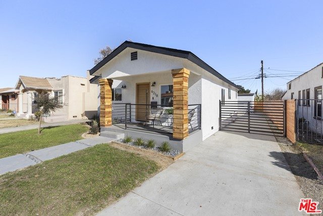 6218 Madden Ave, Los Angeles, CA 90043