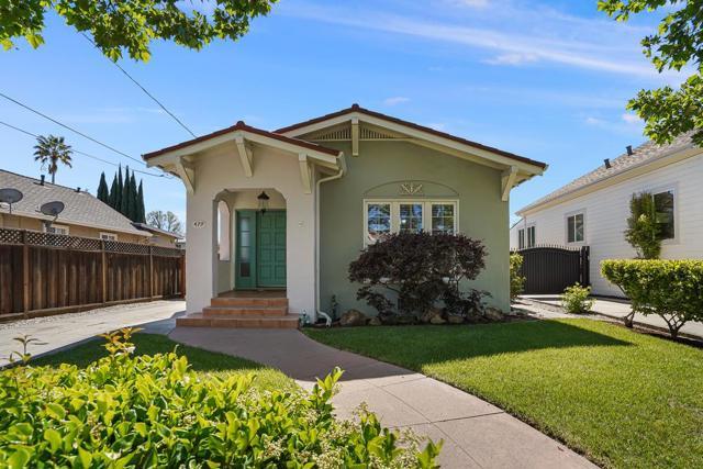 479 8th Street, San Jose CA: http://media.crmls.org/mediaz/56EAB08B-5263-4960-88C4-A258F505F8EF.jpg