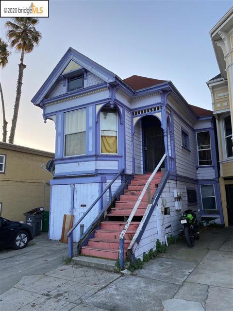 617 Fallon St, Oakland CA: http://media.crmls.org/mediaz/56EF3EEE-6A80-4FF7-82E5-58147CA6F37B.jpg