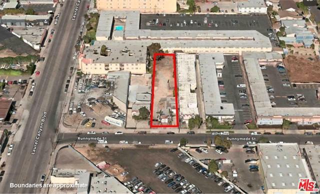 12035 Runnymede Street, North Hollywood CA: http://media.crmls.org/mediaz/577EEEC5-A034-4E60-BFB6-E5C50254B59C.jpg