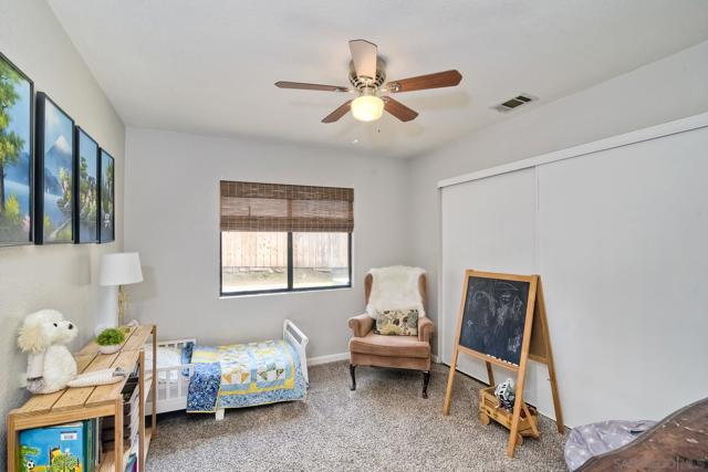 660 Sabrina Terrace, Ramona CA: http://media.crmls.org/mediaz/583F63A6-6675-4F0C-A7A2-22952F0DF70B.jpg