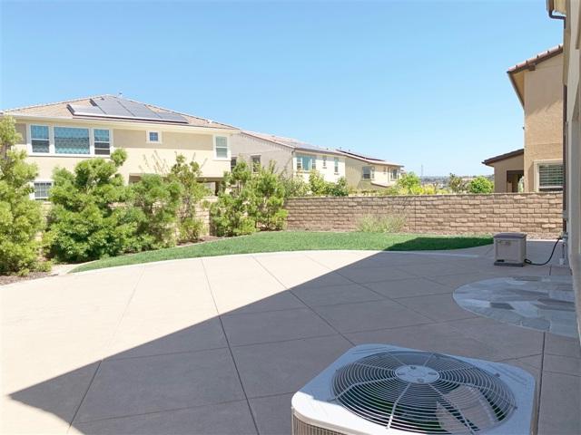 13509 Tierra Vista Circle, San Diego CA: http://media.crmls.org/mediaz/58625339-4DED-4AB8-8360-D0AB5103F4EB.jpg