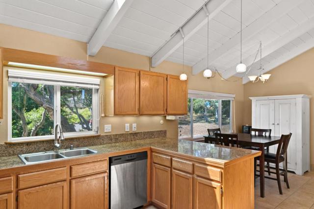 19080 Oak Heights Drive, Salinas CA: http://media.crmls.org/mediaz/58BE6D4B-1505-46E4-A31F-BC71E7B53F24.jpg