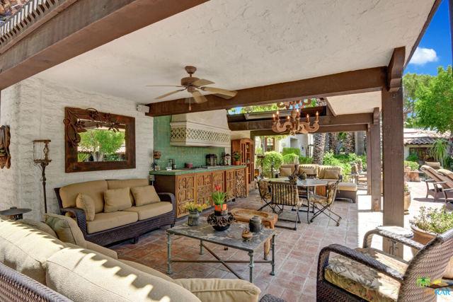 478 W Camino Sur, Palm Springs CA: http://media.crmls.org/mediaz/58E65B61-80E2-4063-A909-479F6F81BAB5.jpg