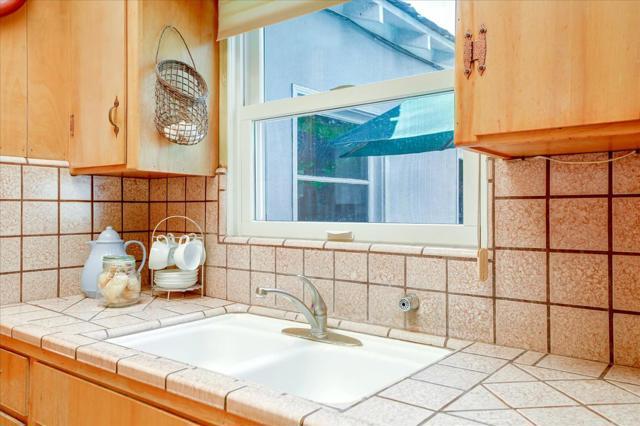 1288 Carmel Terrace, Los Altos CA: http://media.crmls.org/mediaz/593B3ADC-5BFB-4B92-B20D-35FBC996E271.jpg