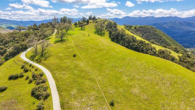 500 El Caminito Road, Carmel Valley CA: http://media.crmls.org/mediaz/59917E68-3BDA-4A1A-8D31-4297FE8B7CCB.jpg