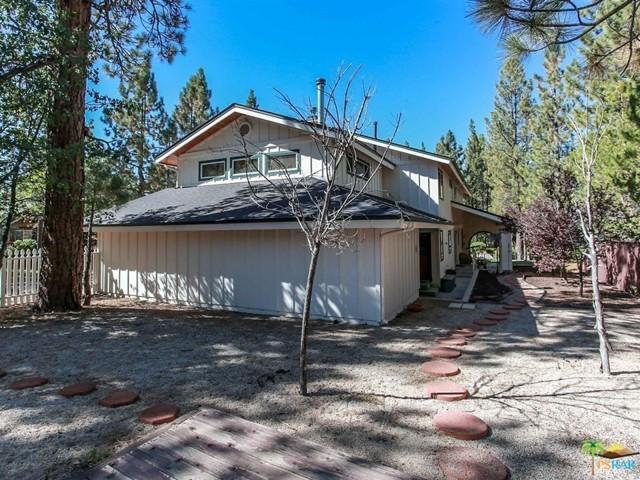 42321 HEAVENLY VALLEY Road, Big Bear CA: http://media.crmls.org/mediaz/59963F87-1EE1-44B1-9736-4166341E895D.jpg