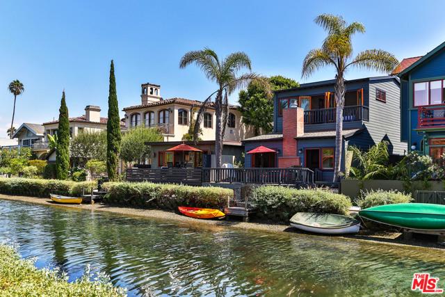 432 HOWLAND CANAL, Venice, CA 90291