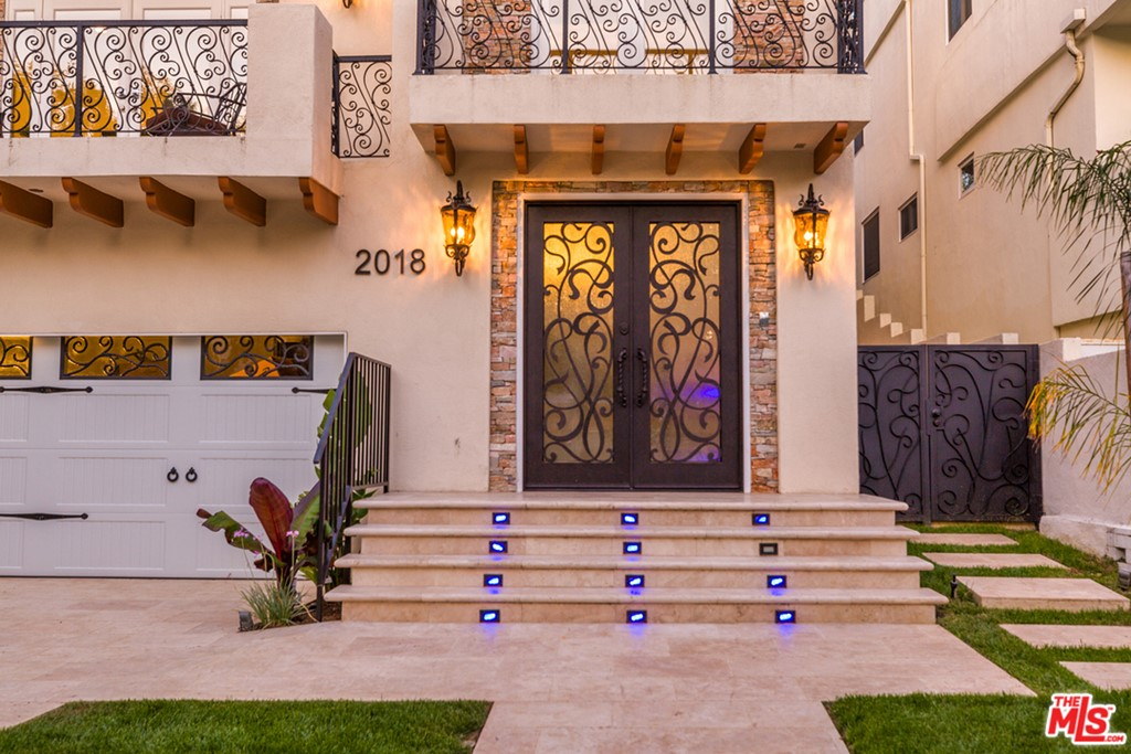 2018 FAIRBURN Avenue #  Los Angeles CA 90025