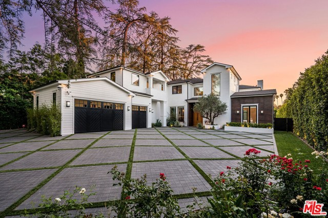 Photo of 4421 Haskell Avenue, Encino, CA 91436