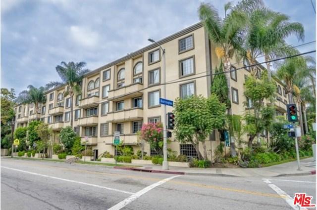 11711 Ohio Avenue, Los Angeles CA: http://media.crmls.org/mediaz/59C3ED0B-E06D-4A85-AE7E-EB7C9AC2ABD7.jpg