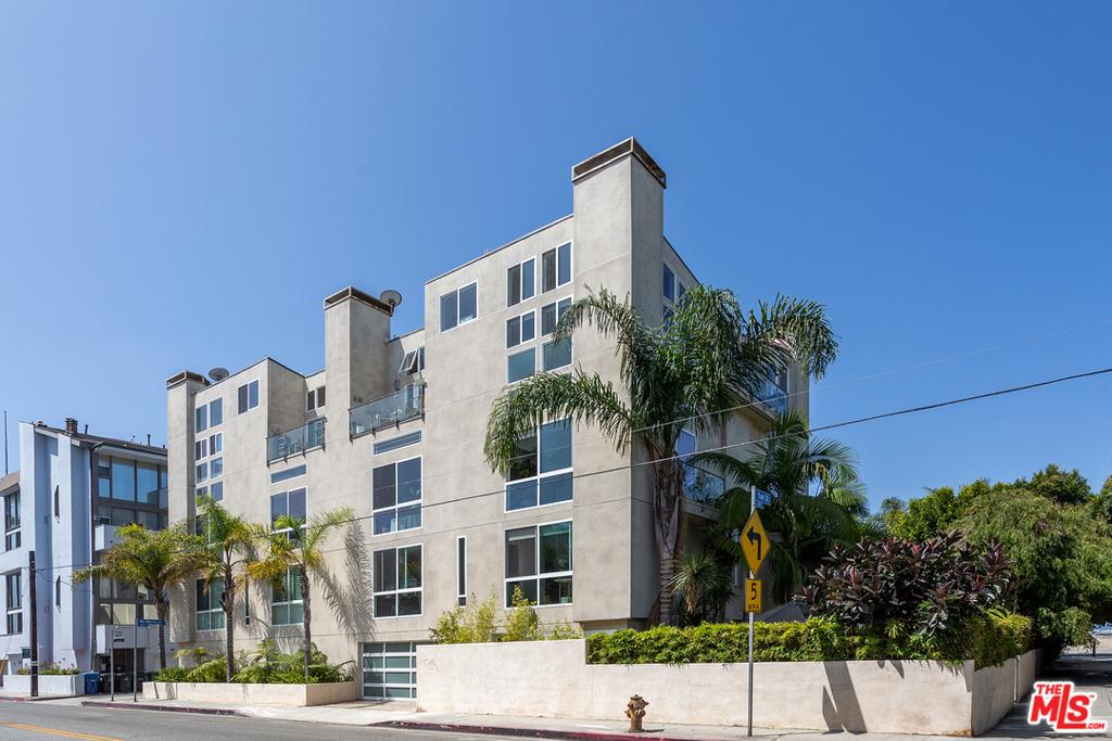24 Yawl Street # 3 Marina del Rey CA 90292