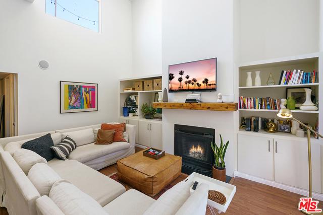 Photo of 14937 Dickens Street #206, Sherman Oaks, CA 91403