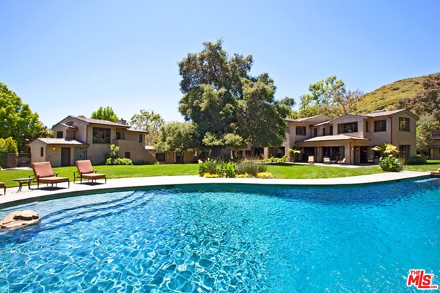 Photo of 3200 RETREAT Court, Malibu, CA 90265
