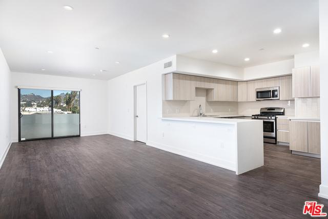 Condominium for Rent at 409 Hayworth Avenue N Los Angeles, California 90048 United States